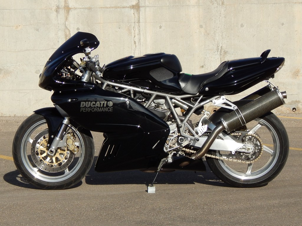 Brazeau Racing Ducati Supersport 900